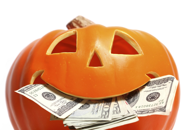 pumpkin with money